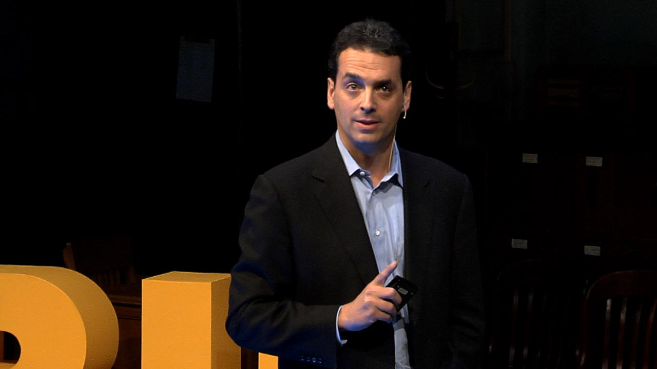 """dan pink the puzzle of motivation Dan pink---the puzzle of motivation i was draw into dan's presentation immediately by his personal story---a not so good personal experience on attending law school twenty years ago because of his """"indiscretion"""" decision that lack of serious consideration or intrinsic motivation."""